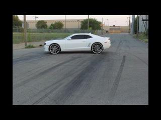 DG Motoring 2010 Camaro SS burnout on 24' 26' Asanti AF150(1)